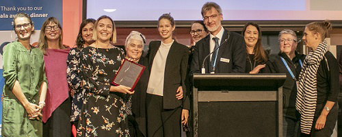 VIC Department of Health and Human Services (DHHS) Centre for Evaluation and Research recipient of  2019 Evaluation Policy and Systems Award